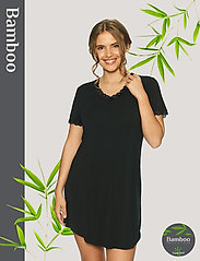 Lady Avenue - Bamboo Nightdress with short sleeve - nachtjurken - black - 0