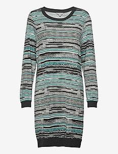 Soft Bamboo - Nightdress w.long sle - nattkjoler - aqua stripe