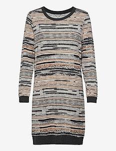 Soft Bamboo - Nightdress w.long sle - nattkjoler - camel stripe