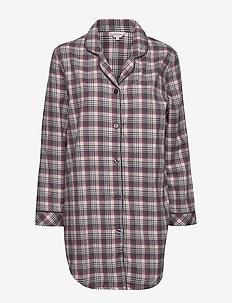 Cotton Flannel Nightshirt - WINE CHECKS