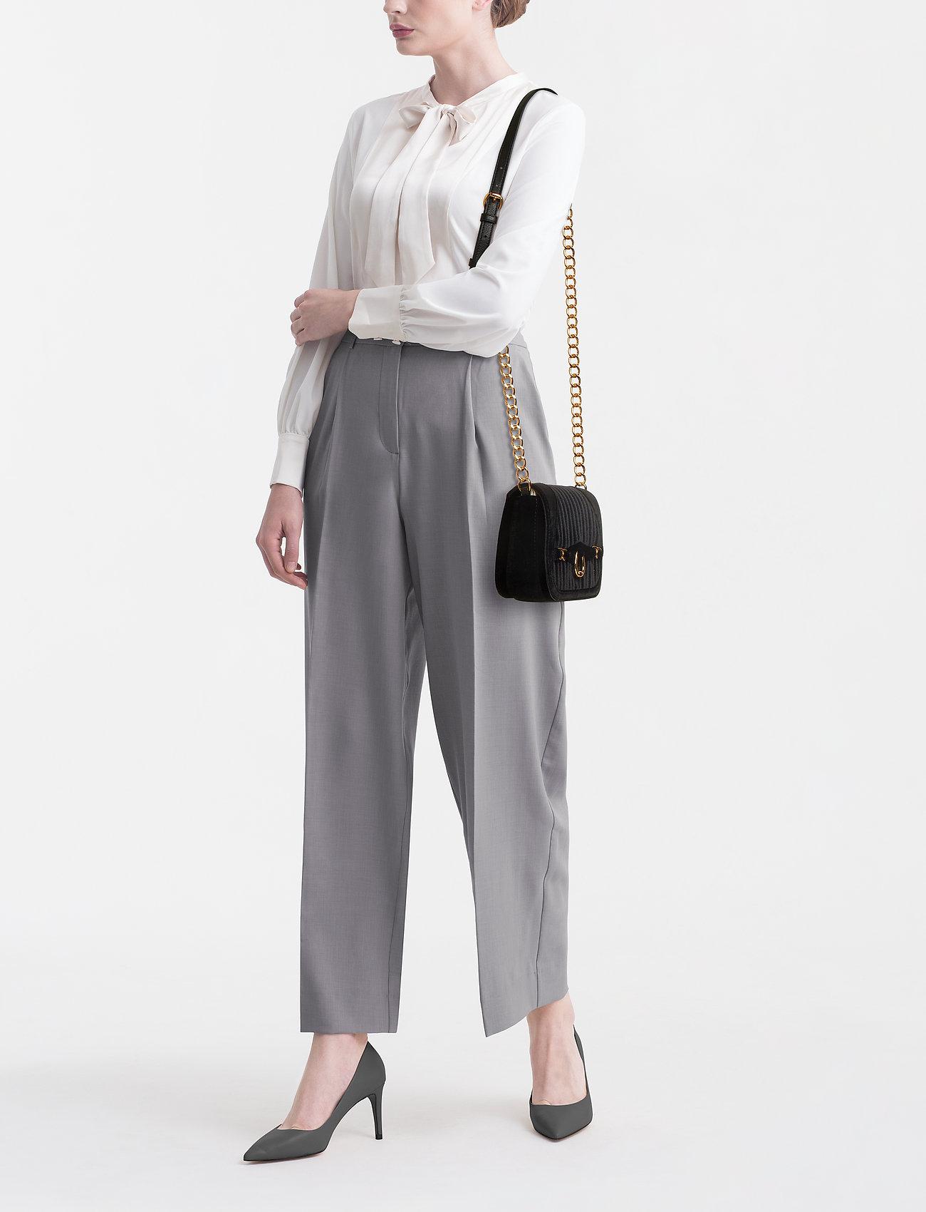 Lauren Ralph Lauren Velvet Crossbody Bag   Axelremsväskor