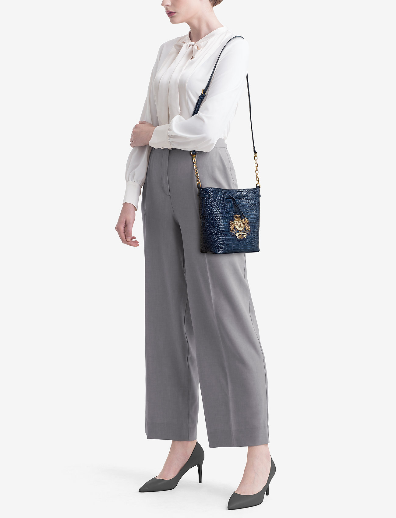 Lauren Ralph Lauren Crest Mini Debby II Bucket Bag   Bucket väskor