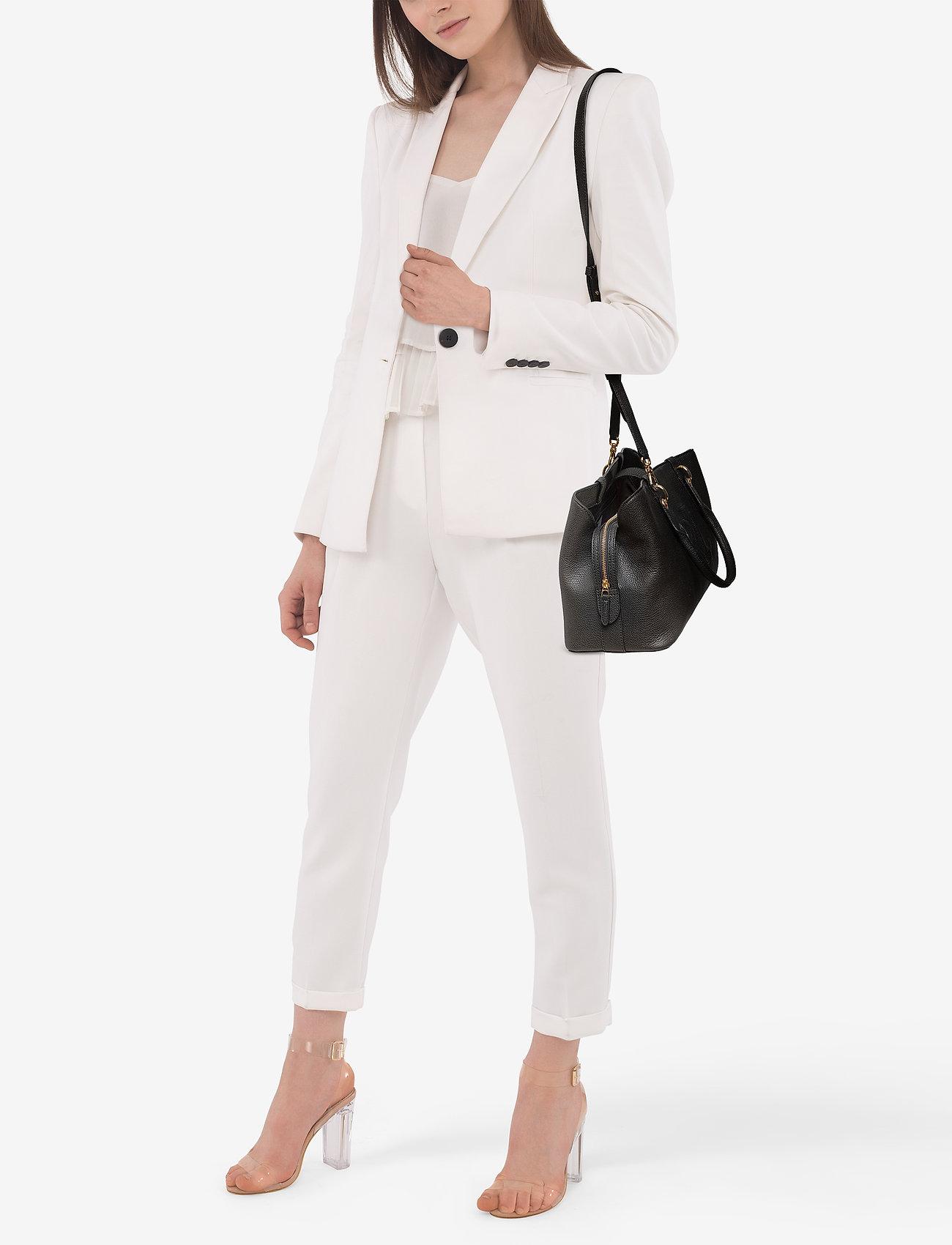 Lauren Ralph Lauren Hayward Leather Medium Satchel - BLACK