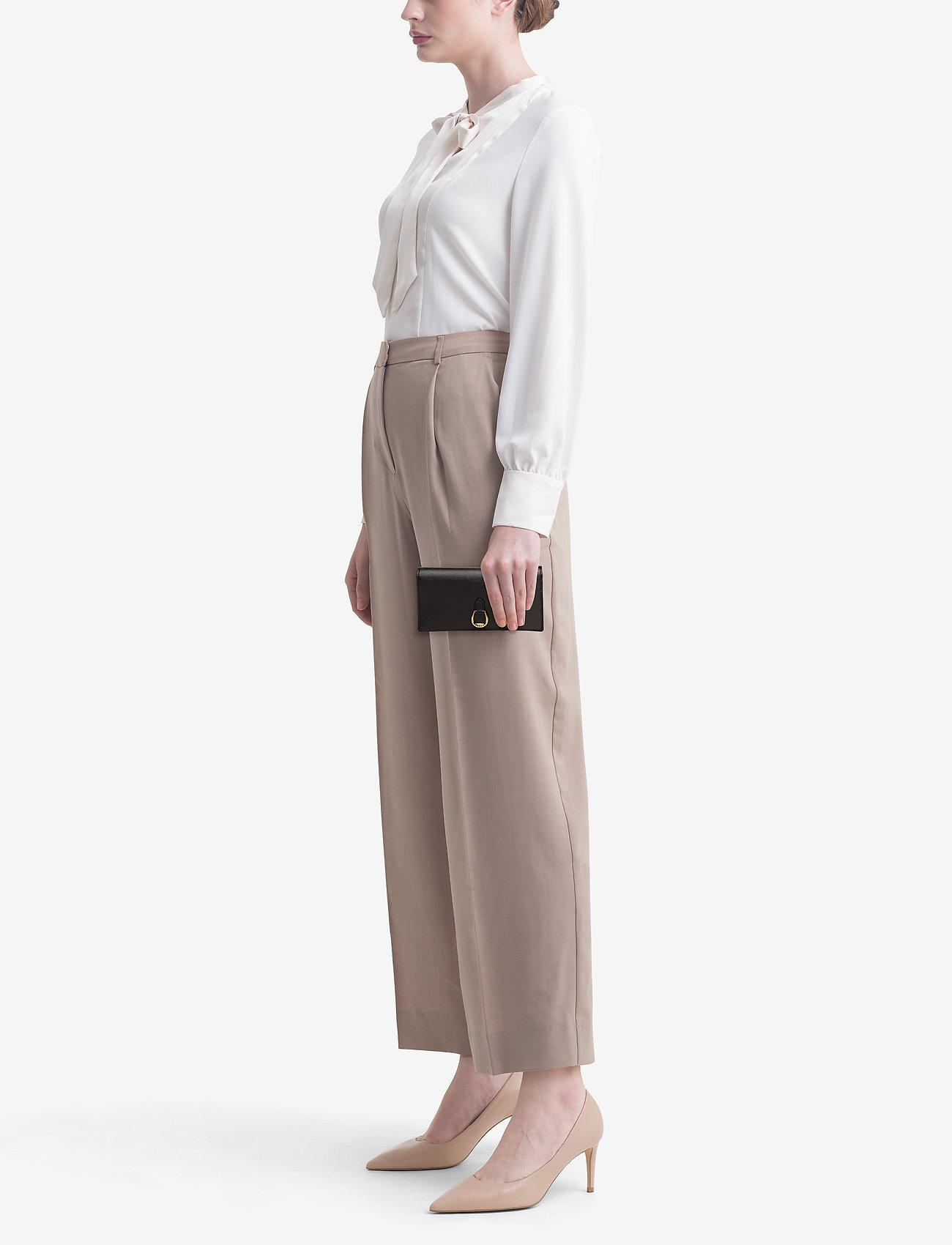 Lauren Ralph Lauren Slim Leather Wallet - BLACK