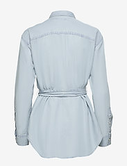 Lauren Ralph Lauren - Belted Shirt - denimskjorter - pale blue wash - 1