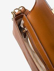 Lauren Ralph Lauren - Leather Spencer Shoulder Bag - skuldertasker - lauren tan - 4