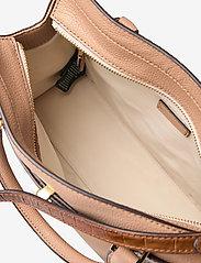 Lauren Ralph Lauren - Leather Medium Fenwick Satchel - håndtasker - nude/deep saddle - 4