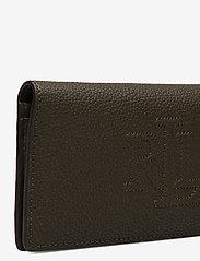 Lauren Ralph Lauren - Slim Pebbled Leather Wallet - beurzen - deep olive - 3