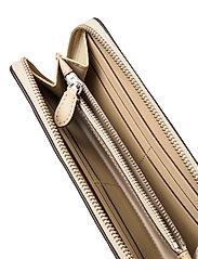 Lauren Ralph Lauren - Embossed Leather Continental Wallet - punge - dune tan - 4