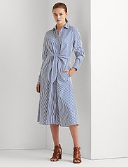 Lauren Ralph Lauren - 70'S CTN BROADCLOTH-DRESS - hverdagskjoler - blue/white - 0