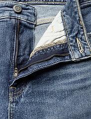 Lauren Ralph Lauren - High-Rise Straight Ankle Jean - straight jeans - legacy wash - 3
