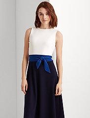 Lauren Ralph Lauren - Three-Tone Jersey Dress - midi kjoler - lh navy/summer sa - 0