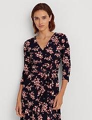 Lauren Ralph Lauren - Floral Jersey Surplice Dress - midi kjoler - lh navy/orient re - 0