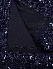 Lauren Ralph Lauren - Sequined Lace Cap-Sleeve Dress - sukienki do kolan i midi - lighthouse navy - 4