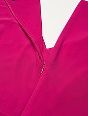 Lauren Ralph Lauren - Ruffle-Trim Jersey Gown - aruba pink - 4