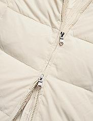 Lauren Ralph Lauren - Quilted Down Jacket - dunkåper - moda cream - 9