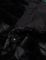 Lauren Ralph Lauren - Faux-Fur Chubby Coat - sztuczne futro - black w/ thin sta - 2