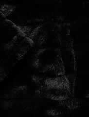 Lauren Ralph Lauren - Faux-Fur Chubby Coat - sztuczne futro - black w/ thin sta - 3