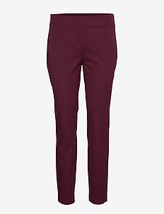 Stretch Twill Skinny Pant - PINOT NOIR