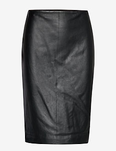 STRUCTURED LEATHER-SKIRT - BLACK