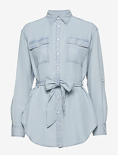 Belted Shirt - denimskjorter - pale blue wash