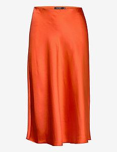 Satin Skirt - midi skjørt - dusk orange