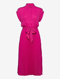 Pleated Georgette Shirtdress - robes chemises - nouveau bright pi