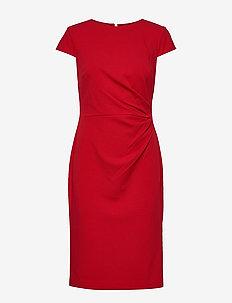 LUXE TECH CREPE-DRESS W/ CAP SLV - SCARLET RED