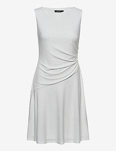 Jersey Sleeveless Dress - cocktailkjoler - lauren white