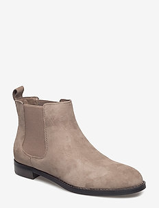 Suede Chelsea Boot - LIGHT TAUPE