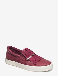 Reanna Slip-On Sneaker - MERLOT/MERLOT
