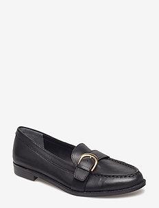 Bethy Leather Loafer - BLACK