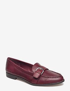 Bethy Leather Loafer - MERLOT