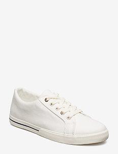 Jaycee Canvas Sneaker - BRIGHT WHITE