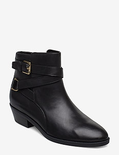 Egerton Leather Bootie - BLACK
