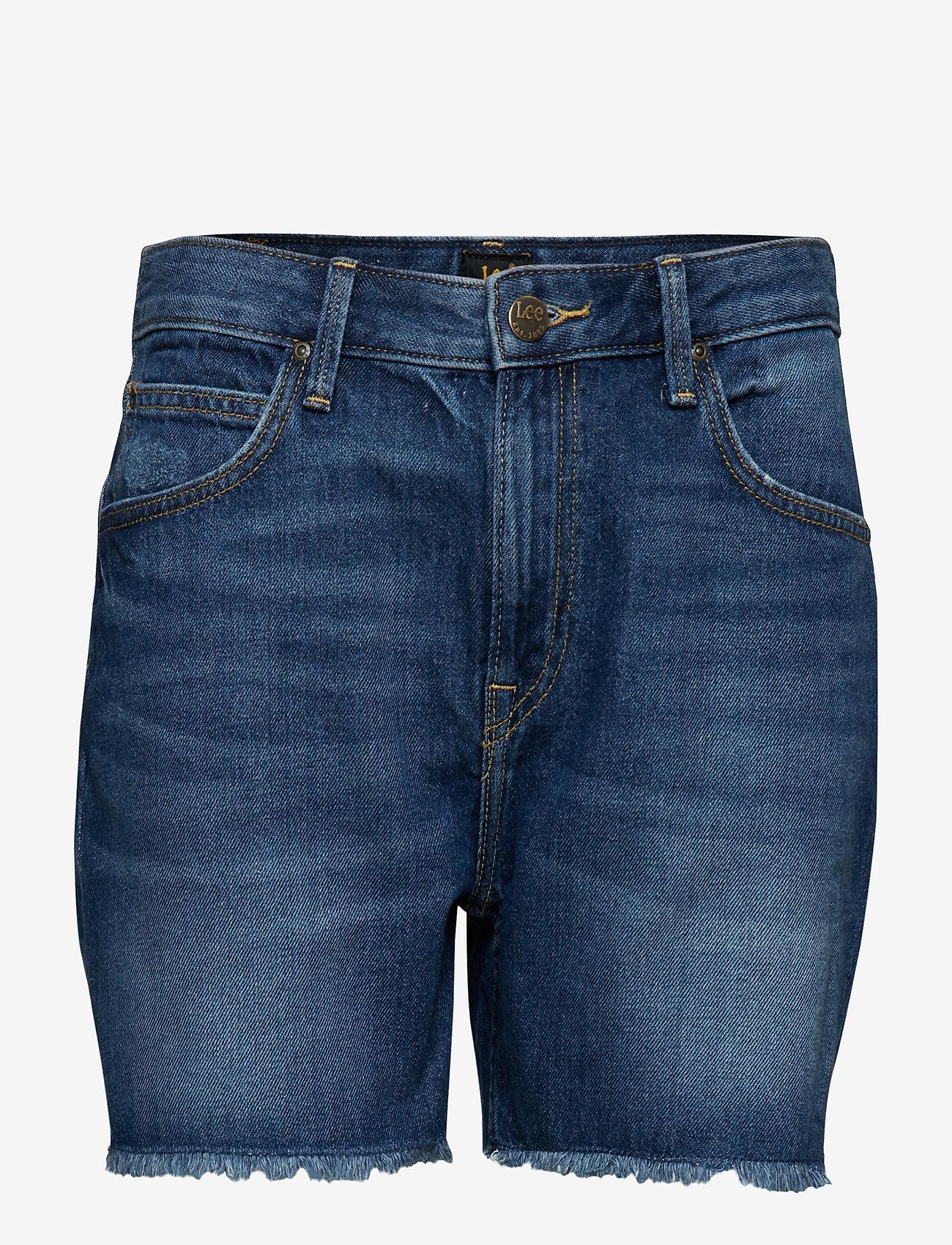 Lee Jeans - BOYFRIEND SHORT - denim shorts - flick dark