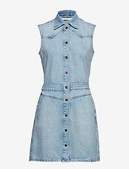 Lee Jeans - MOM DRESS - shirt dresses - get light - 0
