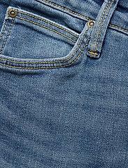 Lee Jeans - ELLY - slim jeans - mid worn martha - 3