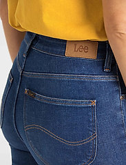 Lee Jeans - Breese - flared jeans - dark favourite - 4