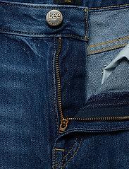 Lee Jeans - BOYFRIEND SHORT - denim shorts - flick dark - 3