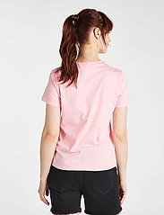 Lee Jeans - ESSENTIAL SLIM TEE - t-shirts - la pink - 3