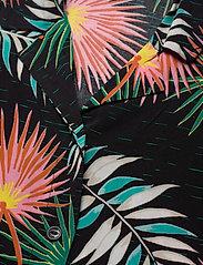 Lee Jeans - FLORAL RESORT SHIRT - overhemden met korte mouwen - black - 2