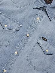 Lee Jeans - LEE WESTERN SHIRT - podstawowe koszulki - faded blue - 2