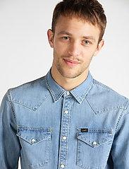 Lee Jeans - LEE WESTERN SHIRT - podstawowe koszulki - frost blue - 4