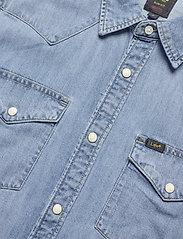 Lee Jeans - LEE WESTERN SHIRT - podstawowe koszulki - frost blue - 5