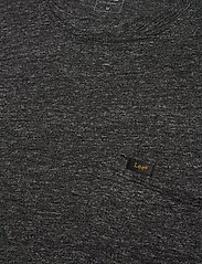 Lee Jeans - ULTIMATE POCKET TEE - basic t-shirts - dark grey mele - 2