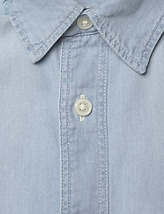 Lee Jeans - LEE ONE POCKET SHIRT - denim shirts - summer blue - 2
