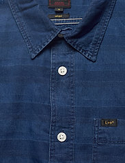 Lee Jeans - LEE ONE POCKET SHIRT - casual shirts - washed blue - 2