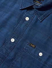 Lee Jeans - LEE ONE POCKET SHIRT - casual shirts - washed blue - 3