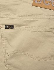 Lee Jeans - DAREN ZIP FLY - regular jeans - service sand - 4